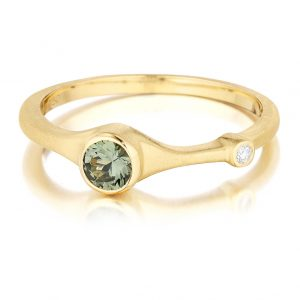 18K Yellow Gold Green Sapphire And Diamond Ring